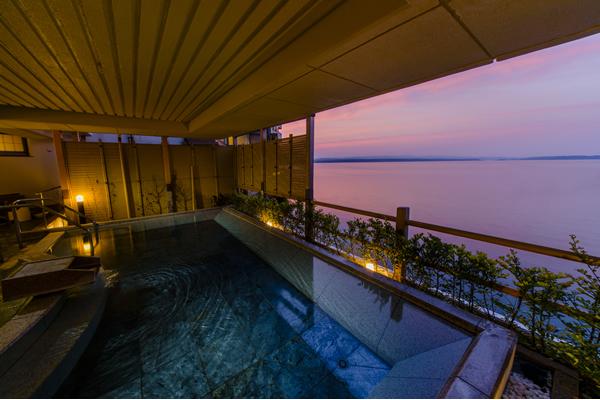 加賀屋 大浴場 恵比寿の湯